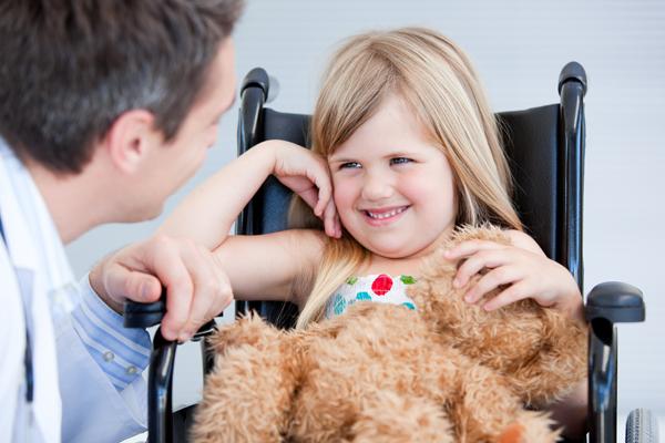 Родителям детей-инвалидов в четыре раза увеличили налоговый вычет