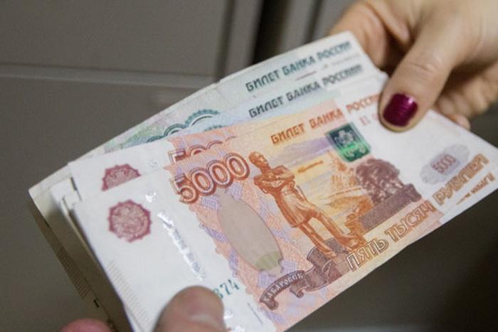 В Вологде секс-работница украла у клиента 70 тысяч рублей