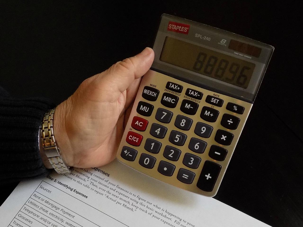 Вологдастат: в 2015 году доходы вологжан выросли на 16%
