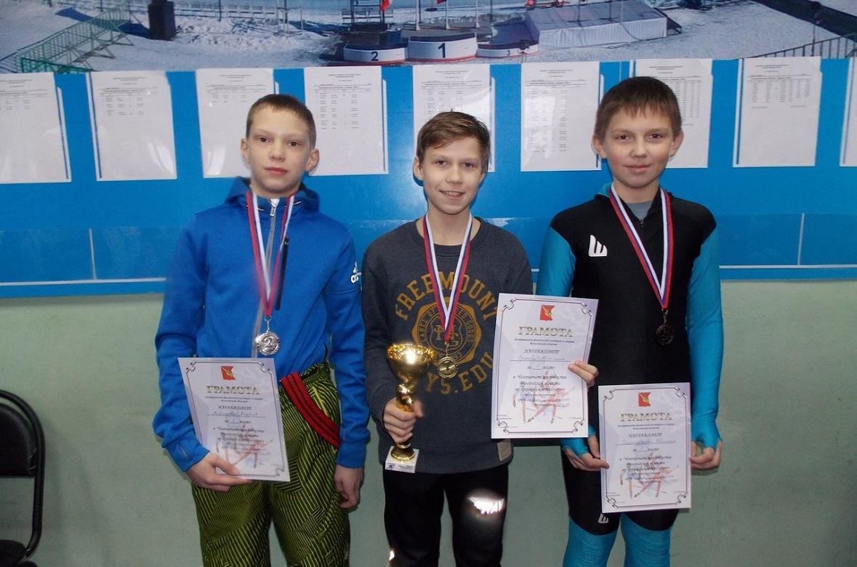 Конькобежцы из Вологды завоевали 17 медалей на Первенстве области