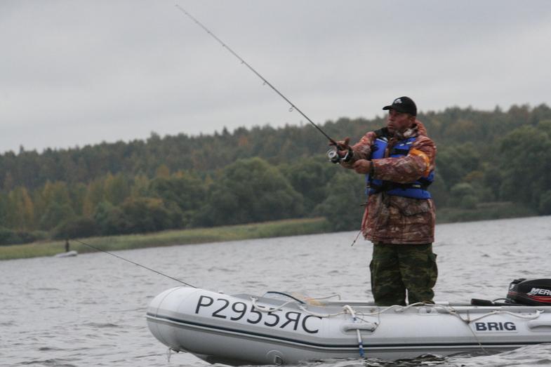 Вологжане выиграли всероссийский чемпионат по ловле рыбы спинингом с лодок