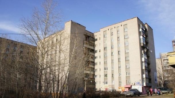 В Череповце 12-летняя девочка погибла, упав с высоты