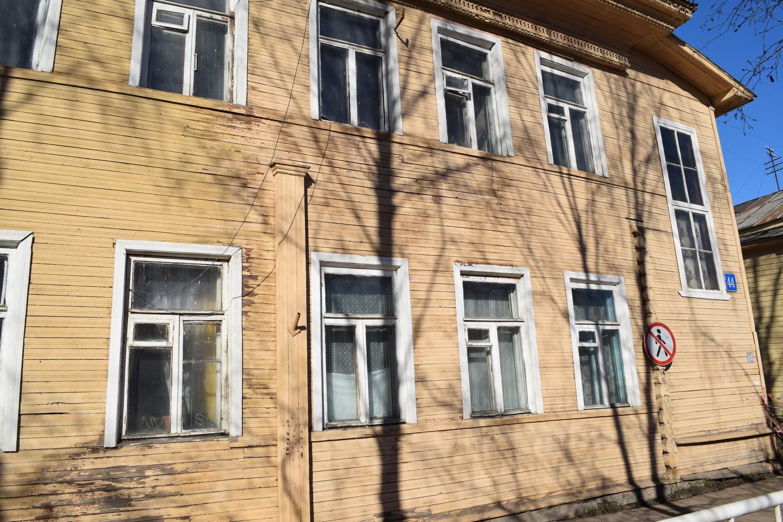 Исторический дом в центре Вологды сносят, несмотря на обещания сохранить его