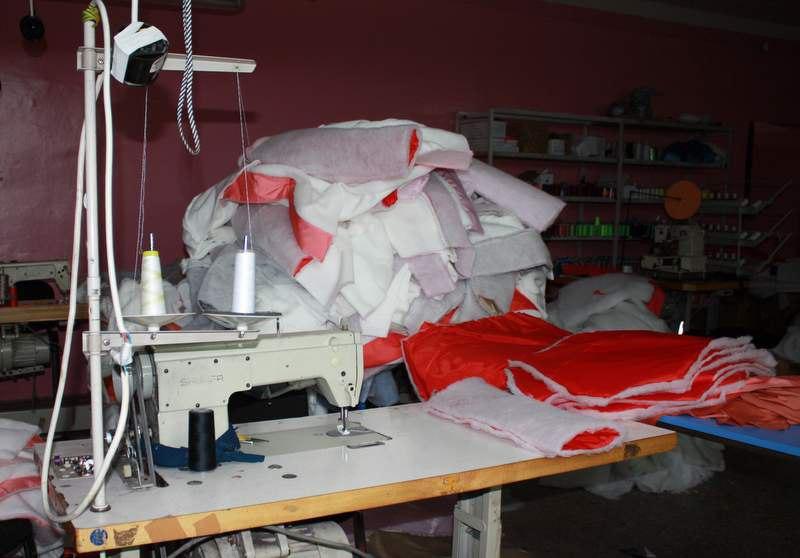 В Вологодском районе мигранты шили контрафактную одежду под лейблами известных торговых марок