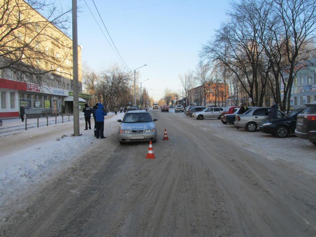 В Соколе сбили пенсионерку, перебегавшую дорогу в неположенном месте