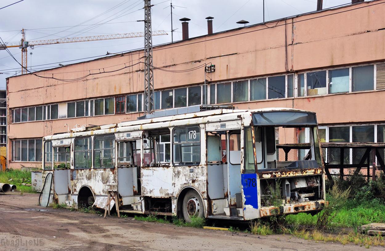 """Вместо обанкротившегося """"Вологдаэлектротранса"""" создали сразу два предприятия"""