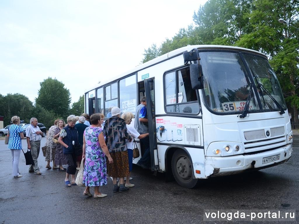 Новгородский перевозчик недоволен отстранением от конкурса на маршруты в Вологде