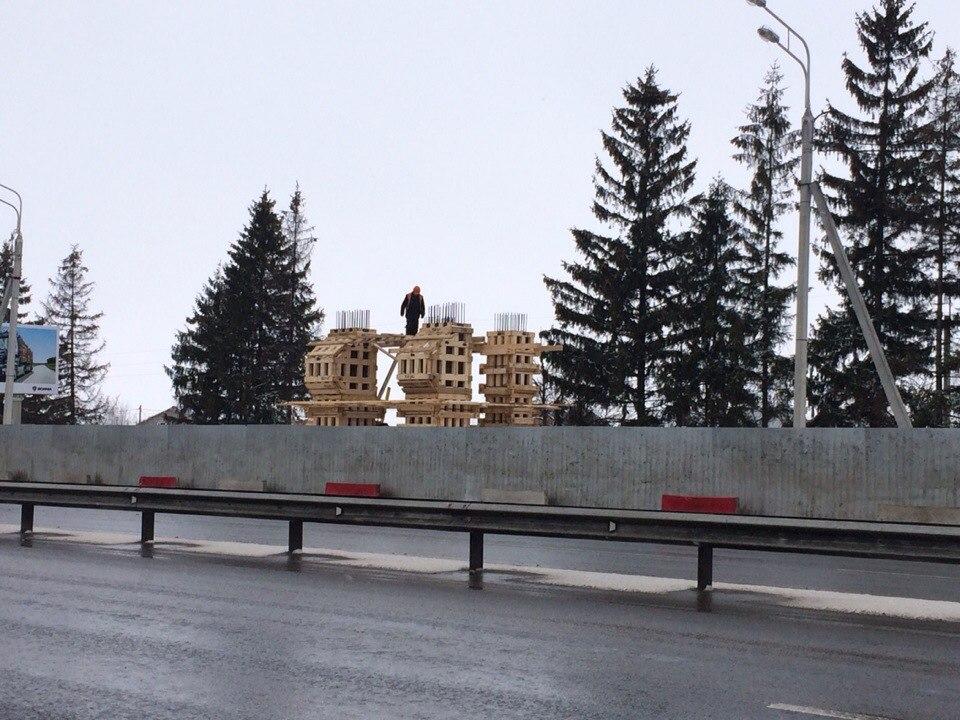 Первый в области надземный пешеходный переход начали строить под Вологдой