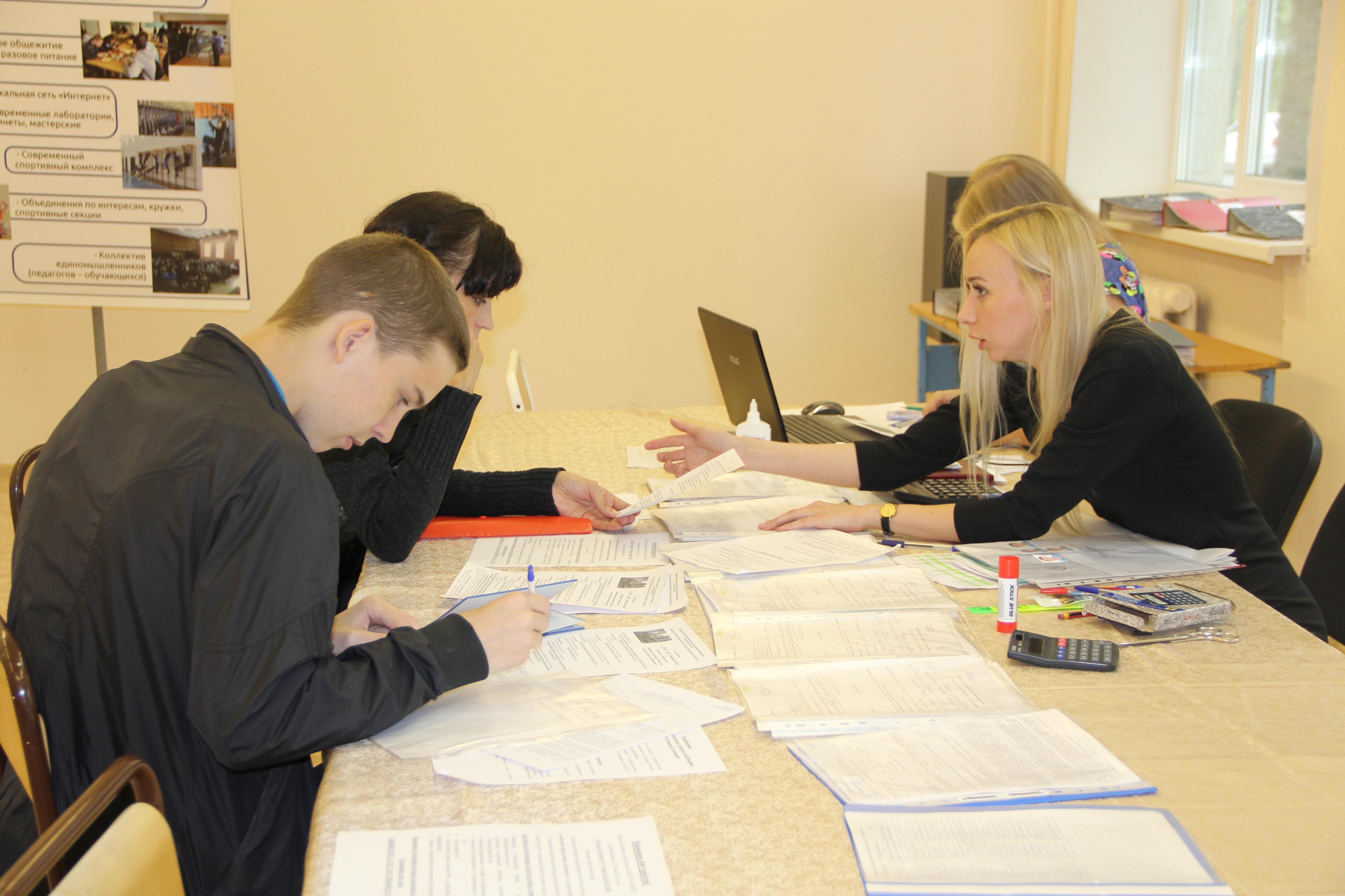 Более пяти тысяч заявлений подали абитуриенты в колледжи и техникумы Вологодской области