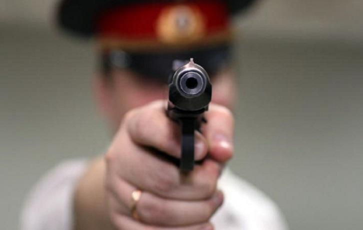 Полицейскому пришлось стрелять в семейного дебошира в Череповце