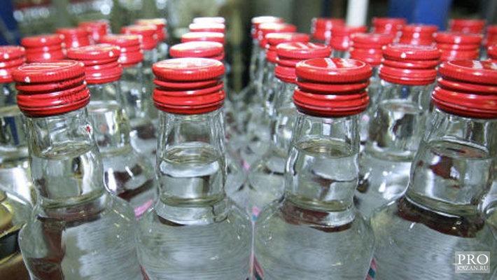 10 000 бутылок контрафактной водки изъяли со склада в Вологде