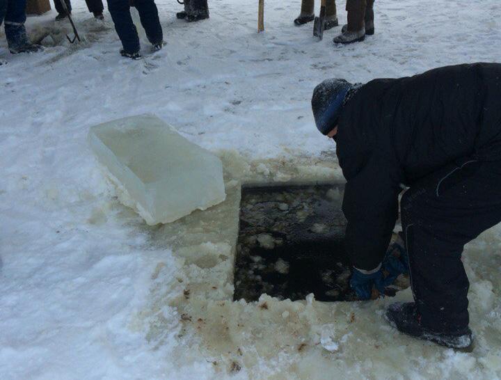 Спасатели нашли тело мальчика, утонувшего в Соколе 28 декабря
