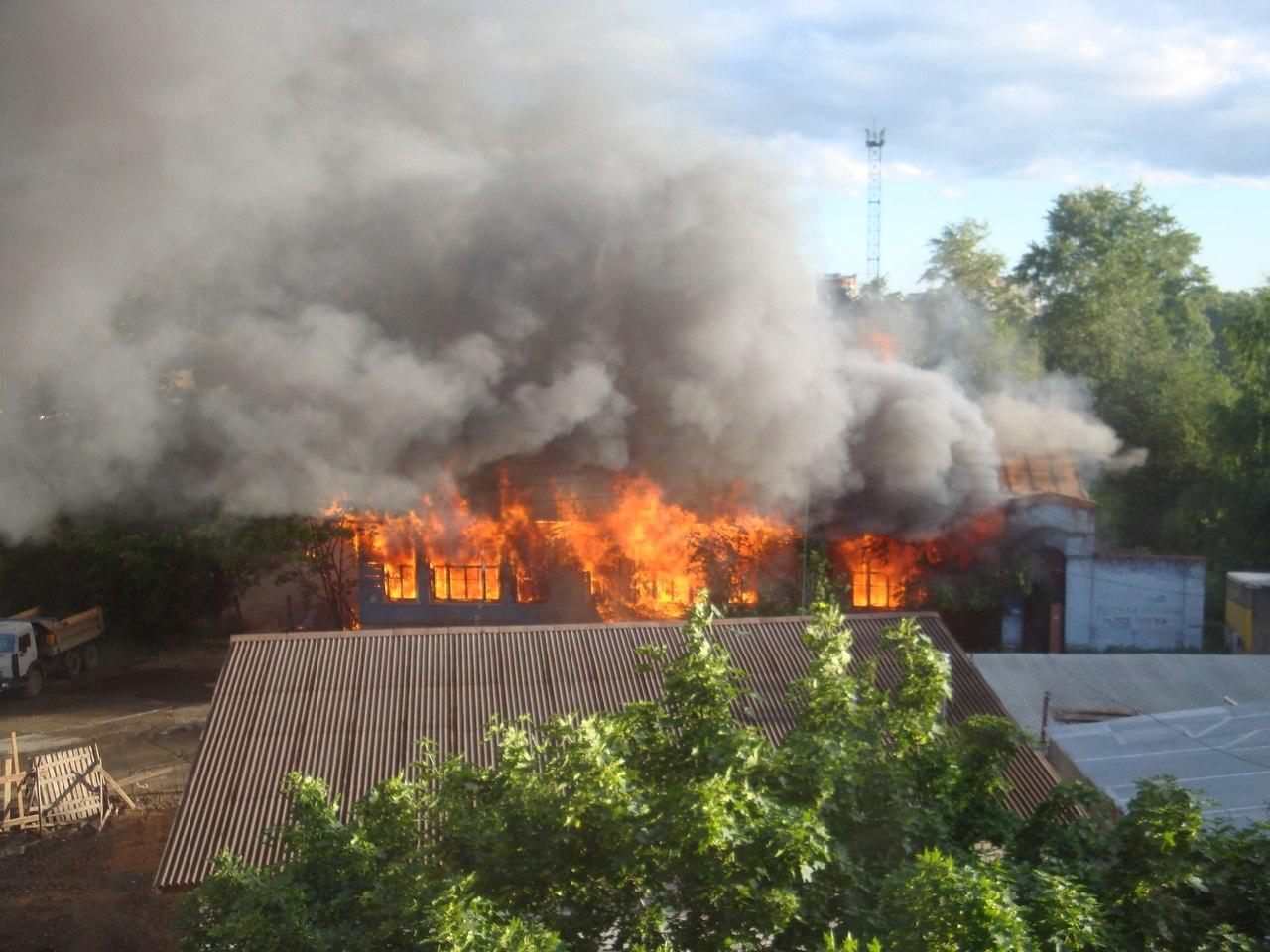 В Вологде снова загорелась станция туристов
