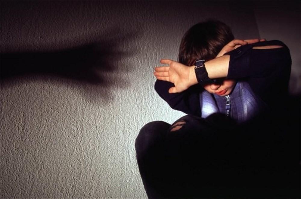 В Вологде многодетная мать избивала сына каблуком сапога и электрическими шнурами