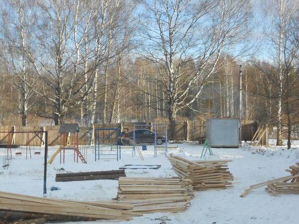 Детскую площадку в Кувшиново перенесут из-за строительства дома