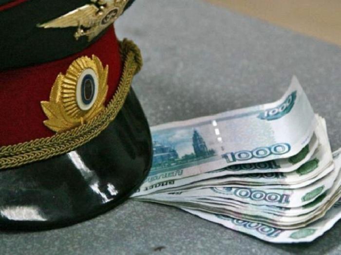 В Череповце следователь вымогал деньги у участника смертельного ДТП
