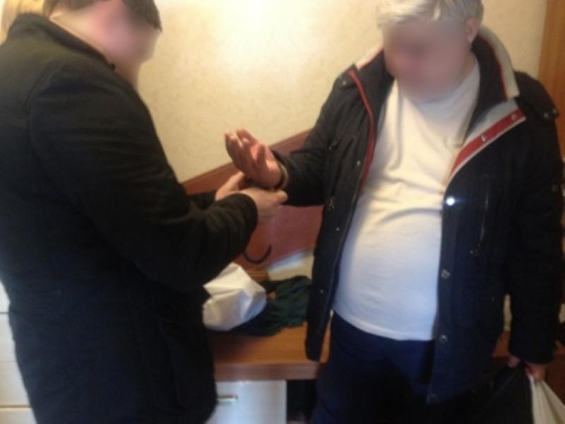 Из Вологды в Калининград доставили супругов-мошенников