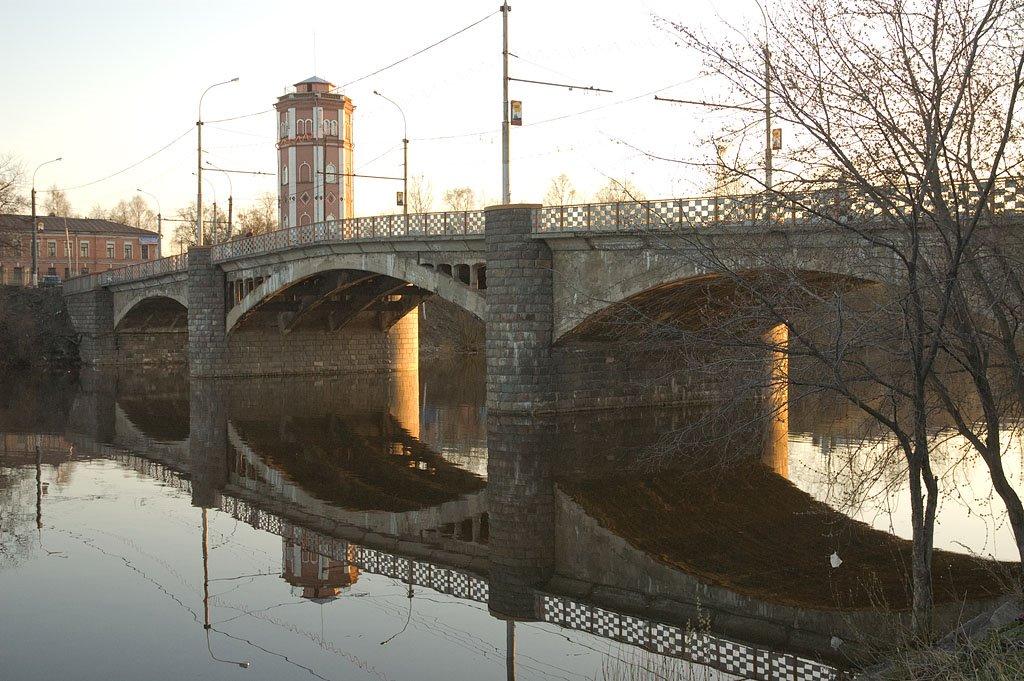 В Вологодской области выявлены многочисленные нарушения, касающиеся состояния мостов и дорог