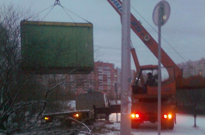 Любимый ларек зареченских алкоголиков демонтировали в Вологде