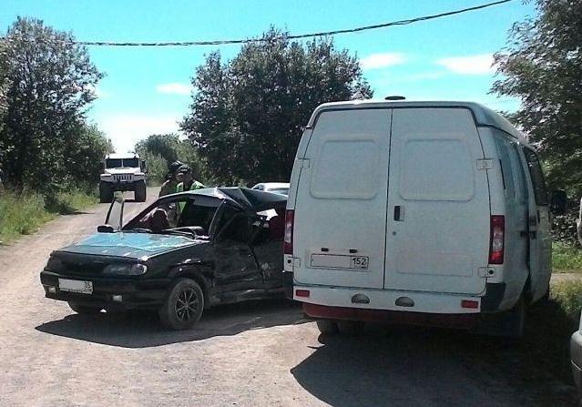 В Шекснинском районе легковушка врезалась в «ГАЗель»