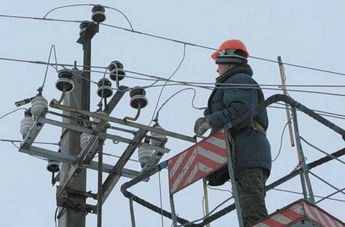Зашекснинский район Череповца на несколько часов остался без электричества из-за черных лесорубов