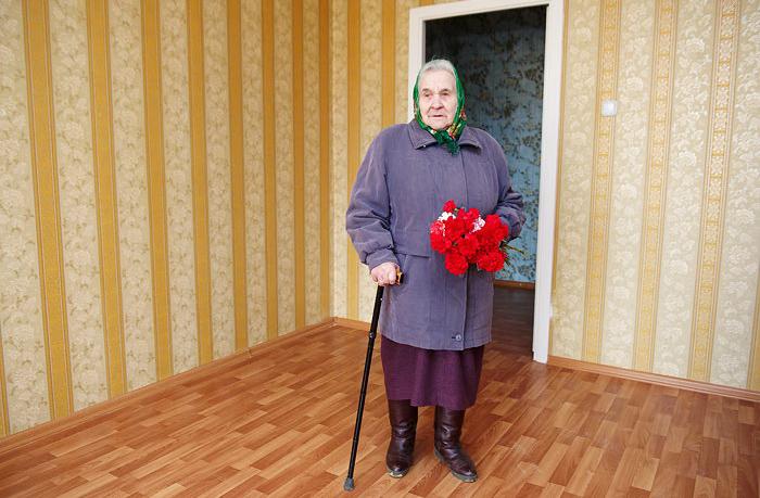 Вологодским пенсионерам приходится самим ремонтировать комнаты в домах ветеранов