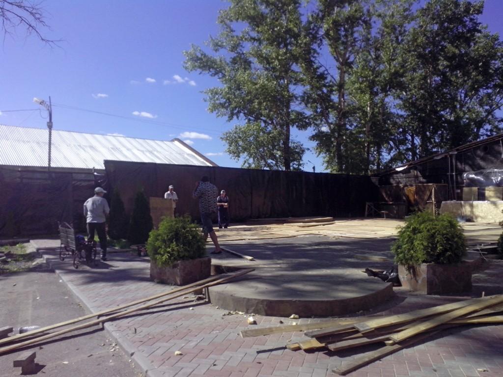 В Вологде демонтировали кафе «Сарван» на улице Залинейной