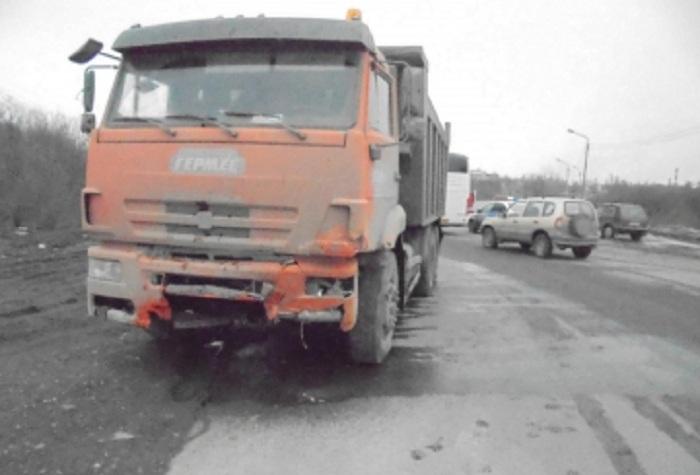 Пьяный водитель, врезавшийся в Череповецком районе в КамАЗ, умер в больнице