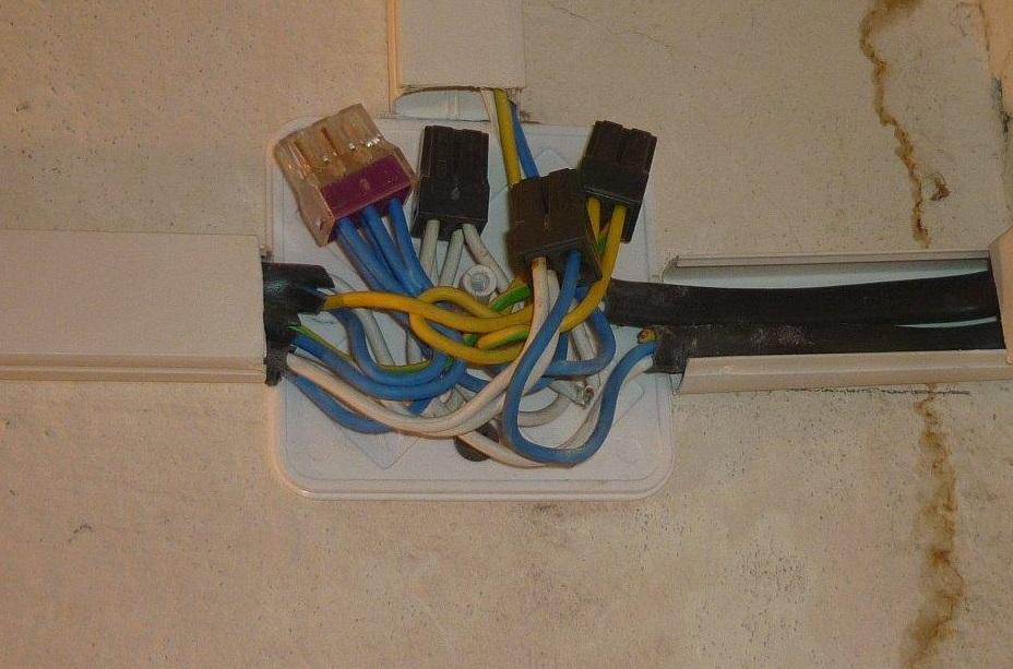 Жителю Фетинино пришлось оплатить полгода круглосуточной работы всех электроприборов в доме