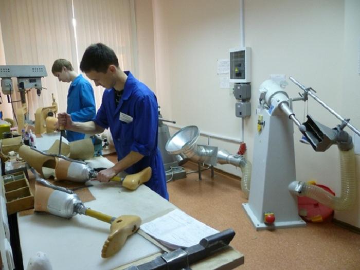 Вологжане, нуждающиеся в протезировании и замене ортопедических изделий, ждут их по полгода