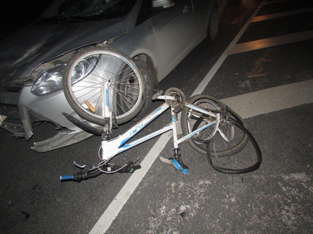 В Вытегорском районе сбили подростка на велосипеде: у мальчика тяжелые травмы