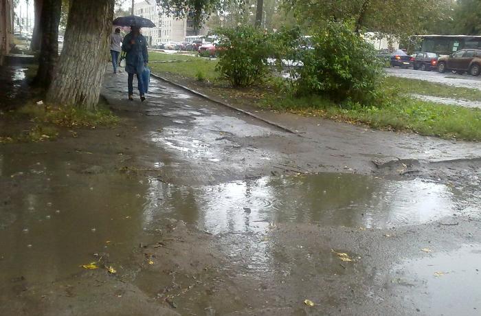 107 миллионов рублей направят в Вологде  на ремонт тротуаров
