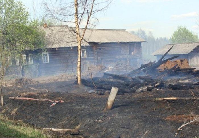 В одном из районов Вологодской области выгорело полдеревни