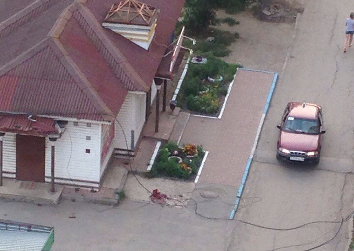 В Вологде 19-летний юноша погиб, упав с крыши девятиэтажки