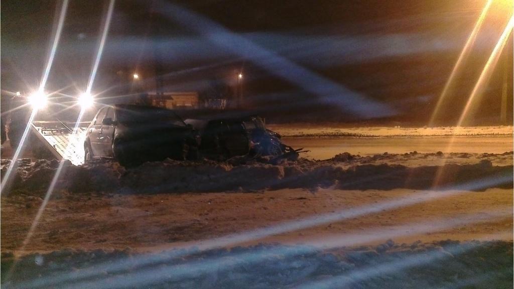 В Череповце столкнулись два легковых автомобиля, пострадал водитель