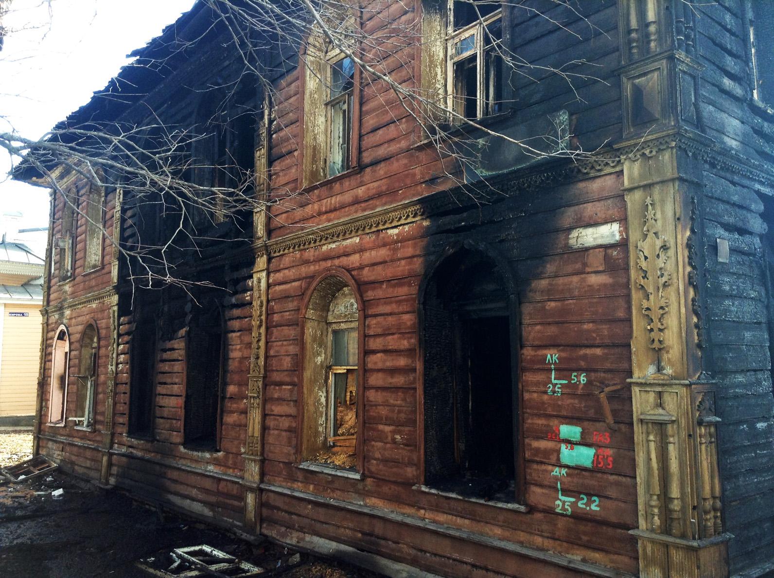 За ночь в центре Вологды дважды горел памятник архитектуры