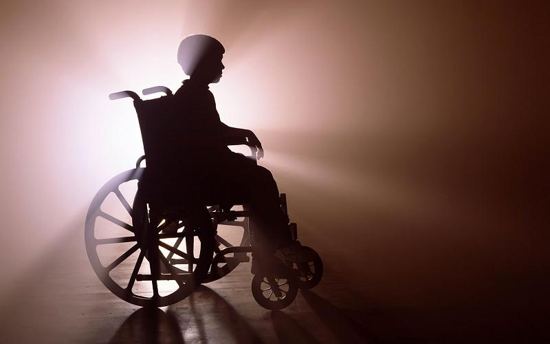 Без жилья и лекарств: в Вологодской области массово нарушаются права детей-инвалидов