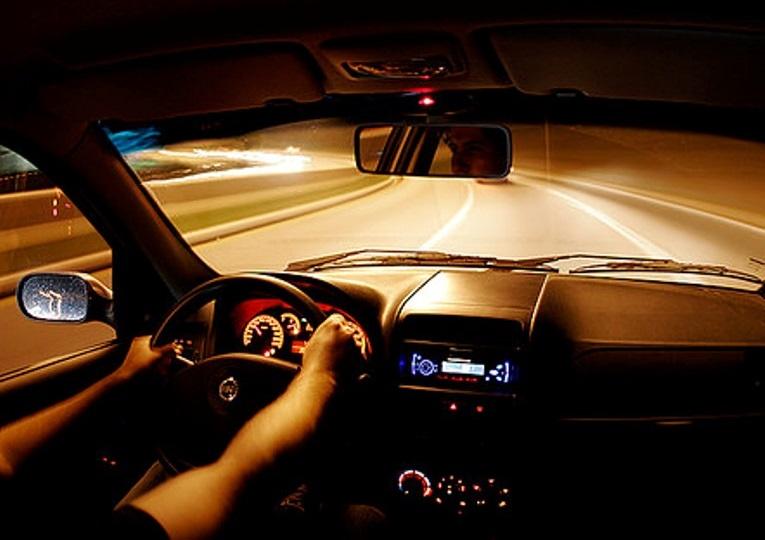 В Череповце водитель, ранее судимый за вождение в состоянии опьянения, снова сел пьяный за руль