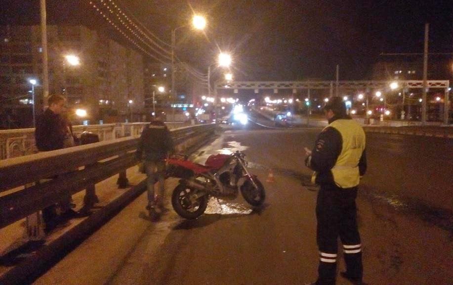 17-летняя череповчанка, нарушившая ПДД, лишилась ноги в ДТП с мотоциклом