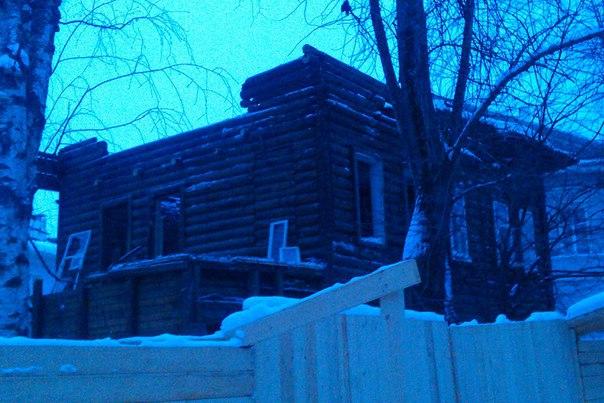 В Вологде начали реставрировать деревянный дом на Добролюбова