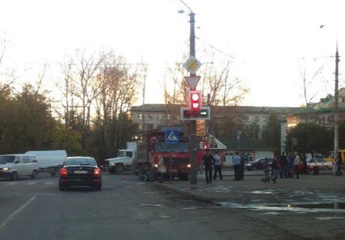 Вологжанин, который сбил насмерть ребенка в коляске, возместит матери 400 тысяч рублей