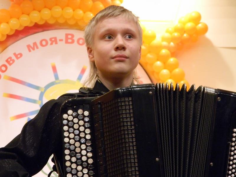 Лучший баянист мира вологжанин Александр Комельков выступит с концертом в родном городе
