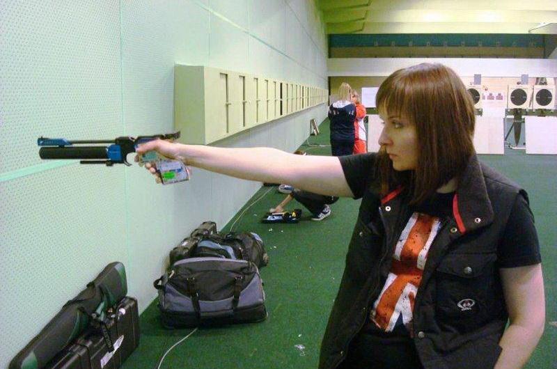 Коршунова выиграла всероссийские соревнования по стрельбе из пневматического пистолета