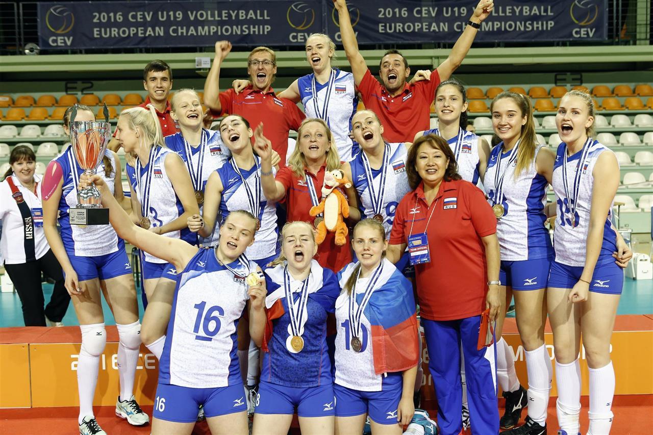 Череповецкие волейболистки стали чемпионками Европы в составе сборной России