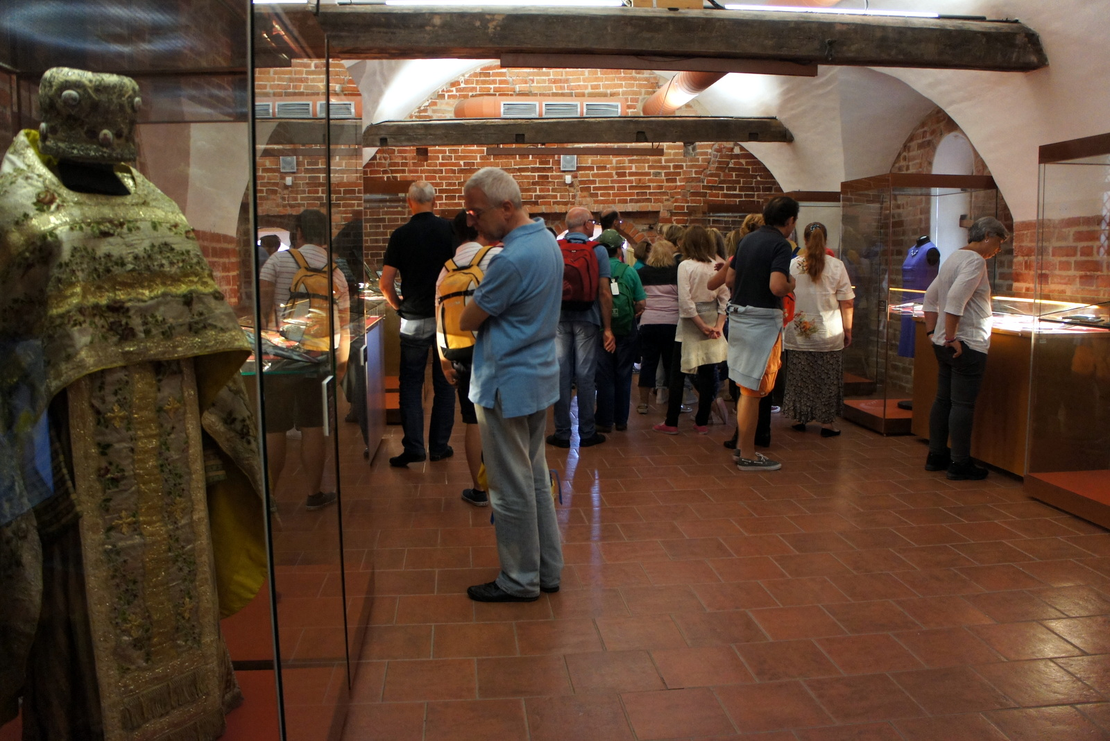 Финифть из Ростова можно увидеть в Кирилло-Белозерском музее