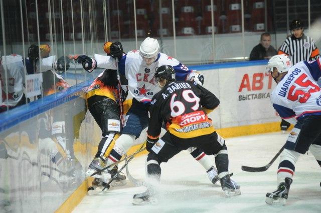 Череповецкий «Алмаз» одержал две победы в розыгрыше 1/8 финала плей-офф Молодежной хоккейное Лиги