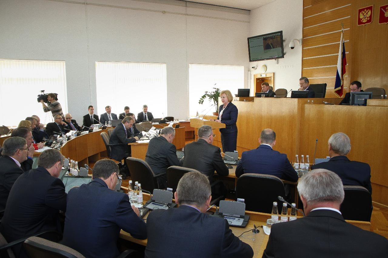 """Вологодские депутаты хотят голосовать за себя и """"за того парня"""""""