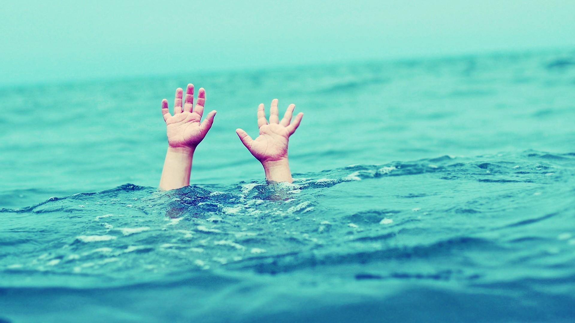 В Вологде учителю утонувшего в бассейне ребенка предъявлено обвинение