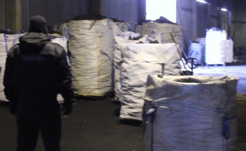 ВЧереповце кокс сплощадки «Северстали» тоннами воровали ввиде мусора