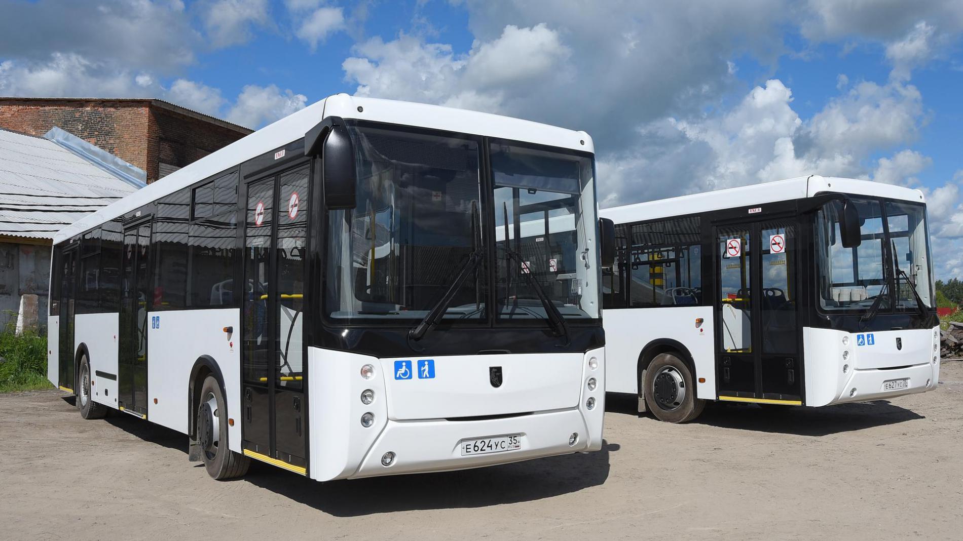 Два новых низкопольных автобуса начнут ездить по маршруту №9 в Вологде с 24 июля